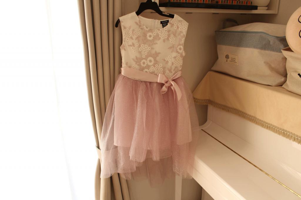 コストコ,costco,ドレス,安い,子供用,キッズ,画像,かわいい,値段