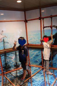 ロイヤル,ツー,箱根,海賊船,詳細,運賃,内装