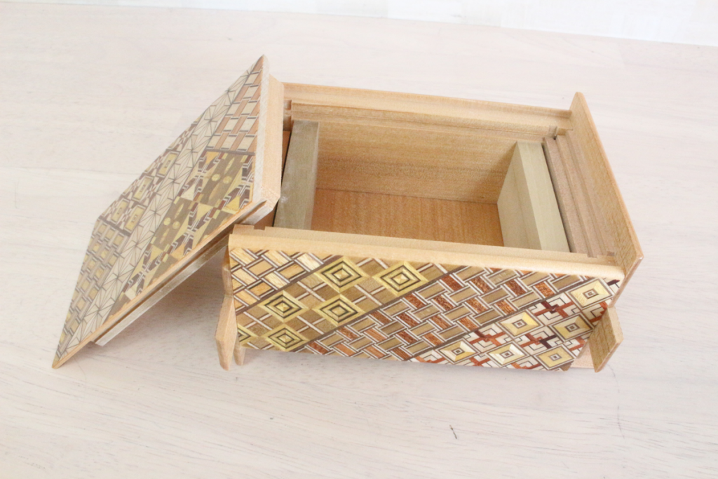 立体パズル,知育,伝統工芸,寄木,ひみつ,箱,21回,秘密,匠の技